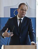 Tibor Navracsics  (2015)