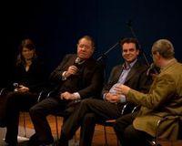 Diskussion in Bonn (v.l.): Autorin Jeanette Seiffert, Wolfgang Roth (SPD), Moderator Frank Überall, Stephan Eisel (CDU). Bild: www.maehrle.de