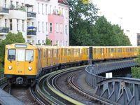Die Baureihen A3, A3L, A3L 82 und A3L 92 der Berliner Verkehrsbetriebe sind die ersten Nachkriegsbaureihen, die für das Kleinprofilnetz der West-Berliner U-Bahn gebaut wurden. (Symbolbild)
