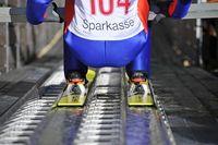 Skispringen lernen auf der 15 Meter Sprungschanze beim Sportzentrum Wörgl. Bild: Dabernig Hannes / Ferienregion Hohe Salve