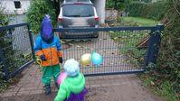 Das komplette Gartentor wurde unbemerkt entwendet. Die Polizei Hoya bittet daher um Hinweise. Bild: Polizei