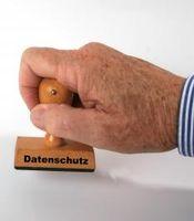 Mangelnder Datenschutz im Handel unter Beschuss. Bild: pixelio.de, Rainer Sturm