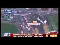 "Screenshot aus dem Youtube Video ""Dozens Injured In California Train Derailment"""