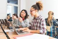 Klassenzimmer: Google stoppt digitales Spicken.