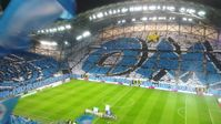 Das Stade Vélodrome ist ein Fußballstadion im 8. Arrondissement der südfranzösischen Hafenstadt Marseille.