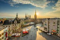 Marktplatz Roter Turm Sonnenuntergang - Stadt Halle (Saale)  Bild: Tag der Deutschen Einheit Fotograf: Thomas Ziegler