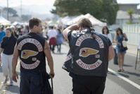 Mitglieder des kalifornischen Charters mit typischen Lederkutten