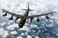 B-52G über den Wolken