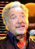 Tom Jones (bürgerlich Sir Thomas John Woodward) Bild: Ger1axg / wikipedia.org