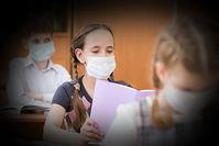 Mundschutzmasken machen nachweislich krank, sind unhygienisch und WHO und Ärzte warnen davor - die Politik interessiert das nicht (Symbolbild)