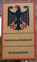 Behördenschild des Bundeswahlleiters und des Statistischen Bundesamtes