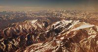 Blick auf die Anden beim Landeanflug auf Santiago, Chile.