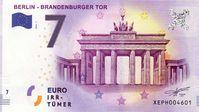 """In einen fiktiven Geldschein zusammengefasst - die sieben Irrtümer des Euro. / Bild: """"obs/ZDFinfo/Clara Gienger"""""""