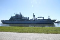 Einsatzgruppenversorger A 1411 Berlin läuft in den Heimathafen Wilhelmshaven ein, am 15.05.2019. Bild: Bundeswehr / Kim Brakensiek Fotograf: Tanja Wendt