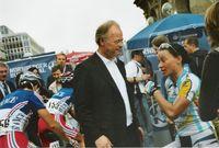 Scharping am Rande des Weltcuprennens in Nürnberg 2005