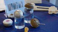 """Kugelköpfe-Implantate für künstliche Hüften, Hüftimplantate. Bild: """"obs/SWR - Südwestrundfunk"""""""