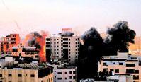 """Bombardierung einer Stadt: Natürlich nur zu deren """"Sicherheit"""" und für den """"Frieden"""" (Symbolbild)"""