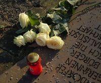 Grab: Tote führen Online-Leben bald weiter.  Bild:: pixelio.de, Anne)