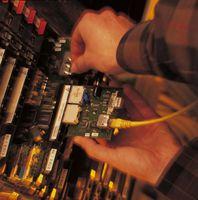 Die Technik des künstlichen Rauschens stabilisiert die DSL-Verbindung. Der energiesparende Ruhemodus in DSL-Systemen lässt sich jetzt störungsfrei nutzen. Bild: Fraunhofer ESK