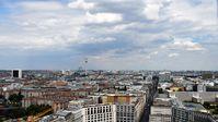 "Der Berliner Wohnungsmarkt zieht Spekulanten aus aller Welt an. /  Bild: ""obs/ZDFinfo/ZDF/Peter Podjavorsek"""