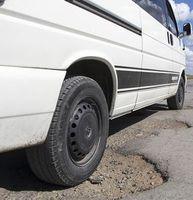 Schlaglöcher: Bakterium schützt Straßen vor Erosion.