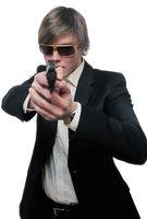 Pistole, Bedrohen, Waffe, Zwingen (Symbolbild)