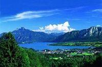 Steht zum Verkauf: Mondsee in Österreich Bild: GoMoPa