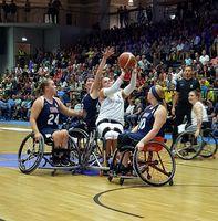 Sportlerinnen bei der Rollstuhlbasketball-WM 2018 in Hamburg.