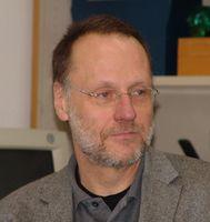 Professor Dr. Ulrich Wagner leitet die Arbeitsgruppe Sozialpsychologie an der Philipps-Universität. Quelle: (Foto: Philipps-Universität Marburg/Thilo Koerkel) (idw)
