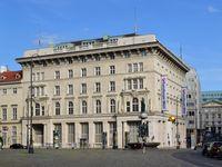 Der Sitz des Verfassungsgerichtshofs in Wien-Innere Stadt im ehemaligen Gebäude der Österr. Creditanstalt für Handel und Gewerbe
