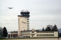 Die Ramstein Air Base (kurz: Ramstein AB) ist der größte Militärflugplatz der United States Air Force außerhalb der Vereinigten Staaten und das Hauptquartier der United States Air Forces in Europe, der United States Air Forces in Africa sowie das Hauptquartier des Allied Air Command Ramstein, einer NATO-Kommandobehörde zur Führung von Luftstreitkräften.