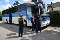 Gemeinsamer Einsatz von Zoll und Bundespolizei Bild Polizei