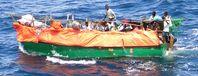 Somalisches Flüchtlingsboot im Indischen Ozean