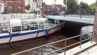 Kollision Fahrgastschiff mit der Klappbrücke Rotes Siel