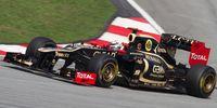 Räikkönen im Lotus (2012 Malaysian Grand Prix).