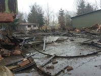 Der Güllebehälter wurde vollständig zerstört. Bild: Kreisfeuerwehrverband Segeberg