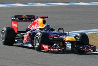 Sebastian Vettel im Red Bull RB8 bei Testfahrten vor der Saison in Jerez