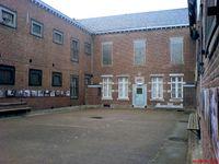 Gefängnisinnenhof