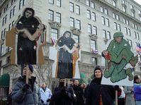 Antikriegsdemonstranten zur zweiten Amtseinführung von George W. Bush am 20. Januar 2005