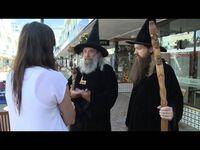 "Bild: Screenshot Video: ""Canterbury Wizard a city icon"" (https://youtu.be/AhIAhkgdYjk) / Eigenes Werk"