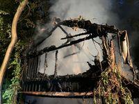 Foto des abgebrannten Hauses. Bild: Polizei