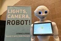 """Pepper"": Roboter könnten User angreifen. Bild: flickr.com/Collision Conf"