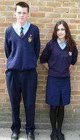 Typical uniform of an English comprehensive school. Bild: Robertvan1 / en.wikipedia.org