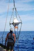Verankerung der PACT-Bodeneinheit während der Expedition FS Poseidon 360 am 5. November 2007 nördlich der Kanarischen Inseln. Copyright: develogic