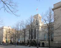 russische Botschaft in Berlin: Hauptgebäude, Unter den Linden