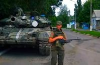 Ukraine: Ukrainian troops guarding a road in Donbass