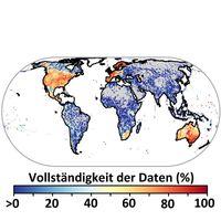 Wissenslücken zur weltweiten Verbreitung von Arten: Wärmere Farben zeigen Gebiete, in denen die meisten Arten mit Verbreitungsdaten abgedeckt sind. Für graue Bereiche gibt es gar keine Daten. Quelle: Foto: Universität Göttingen (idw)