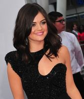 Lucy Hale bei den People's Choice Awards 2012