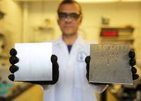 Ölglatt statt dreckig: Das hilft effektiv gegen Bakterien.