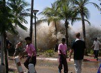 Auftreffen des Tsunamis an der Küste Thailands